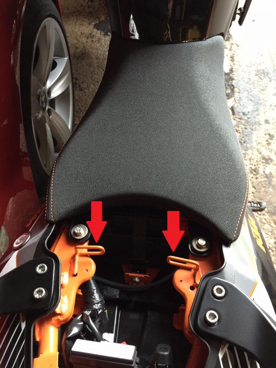 KTM Powerparts Ergo seat install-ktm-pillion-seat-loop.jpg